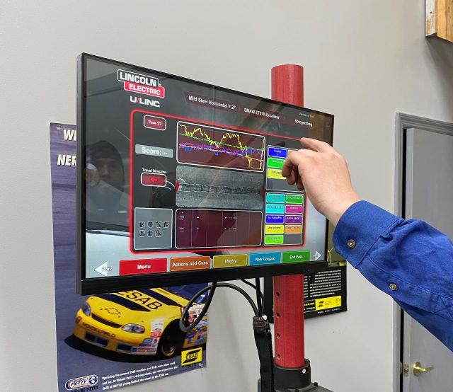virtual reality welding program